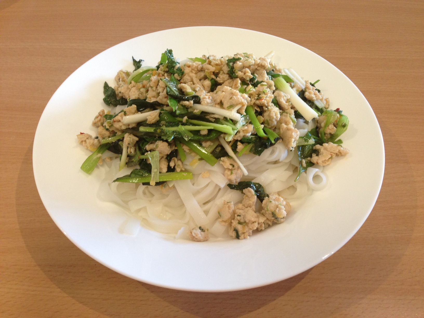 Donna Hay S Thai Lime And Lemongrass Chicken With Noodles Foodthatserves